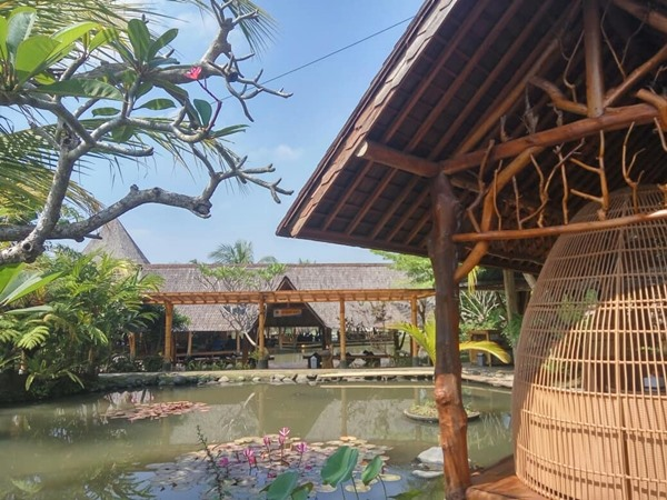 Gubug Makan Mang Engking - Pict by IG Mang Engking DIY