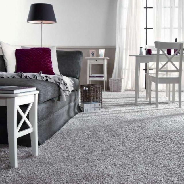 Lantai karpet lebih anget daripada lantai dari bahan yang lainnya