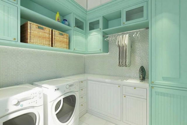 Ruang laundry Puri Galaxy di Surabaya karya Lumos Interior Design